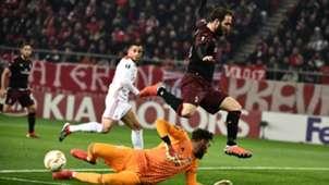 Gonzalo Higuain Olympiacos Milan Europa League