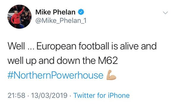 Mike Phelan Manchester United congratulating Liverpool
