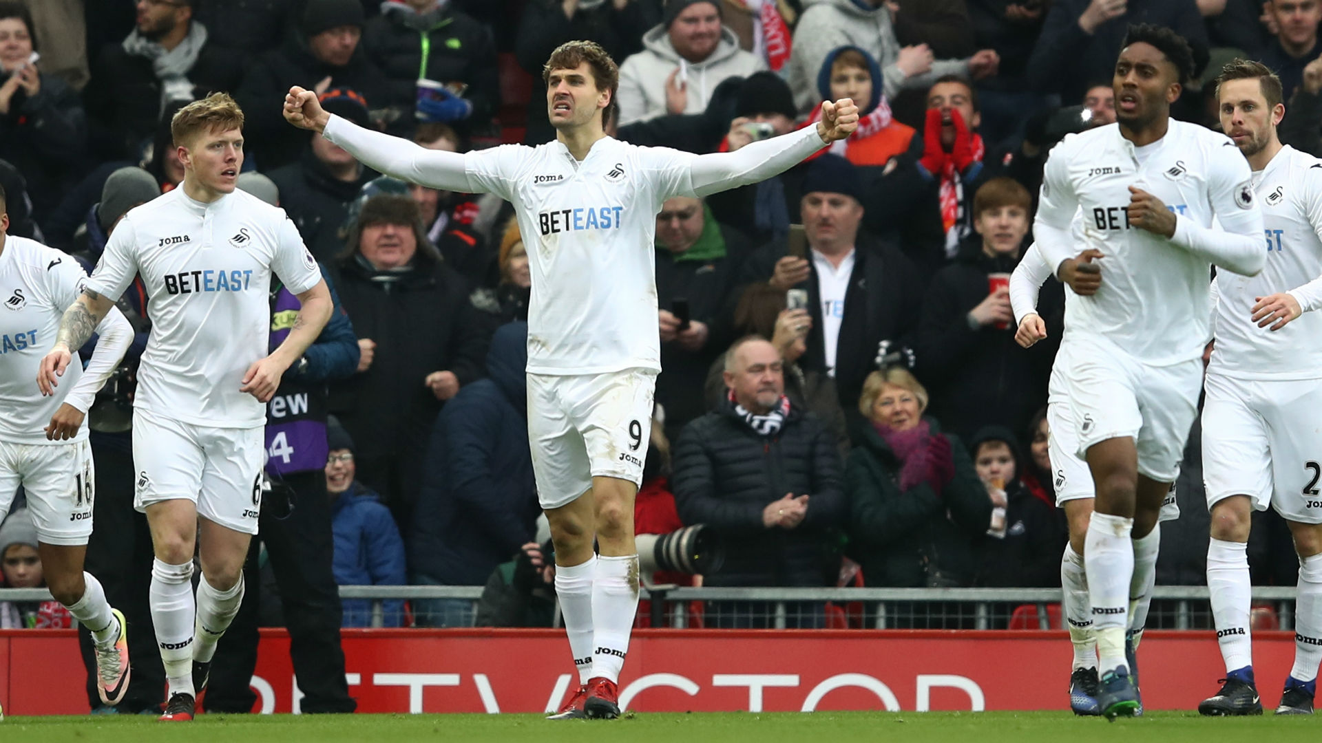 Liverpool Swansea Fernando Llorente