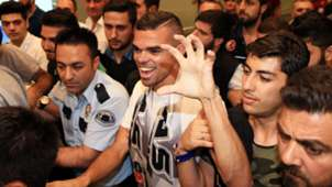 Pepe arrives Istanbul