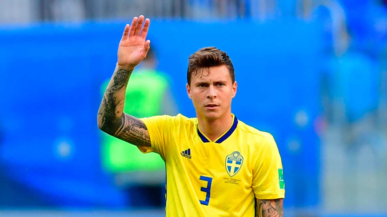 Rio Ferdinand on why Victor Lindelof plays better for Sweden