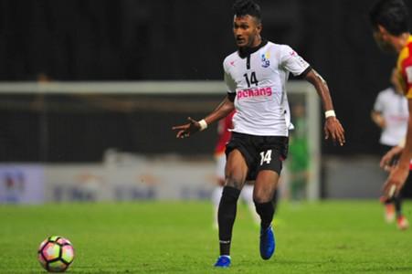 Pulau Pinang's Syamer Kutty Abba playing against Selangor 21/1/2017