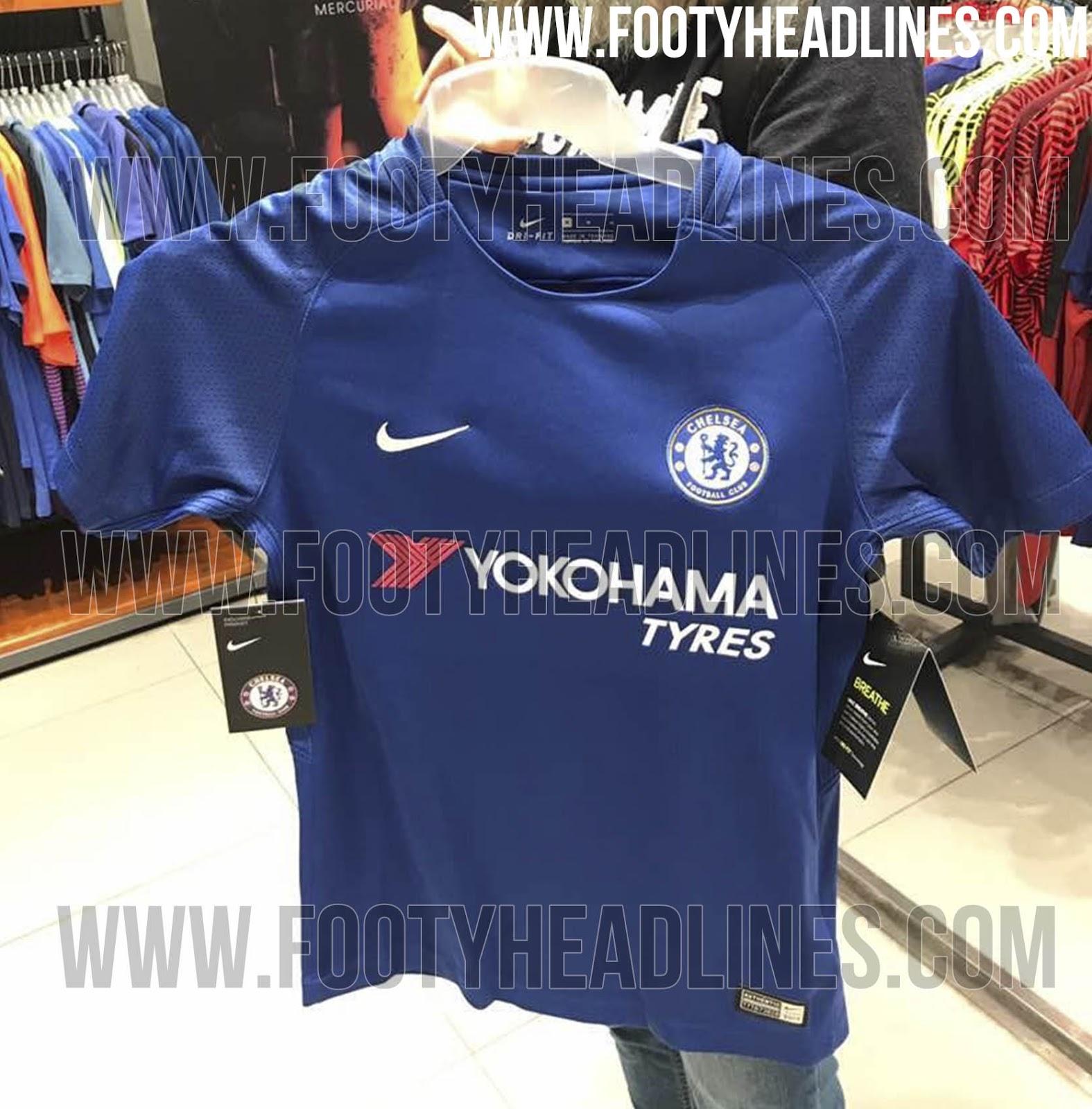 Nike Chelsea 17-18 Kit (2).jpg