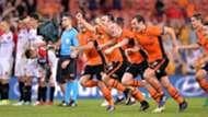Corey Brown Luke DeVere Brisbane Roar v Western Sydney Wanderers A-League 21042017