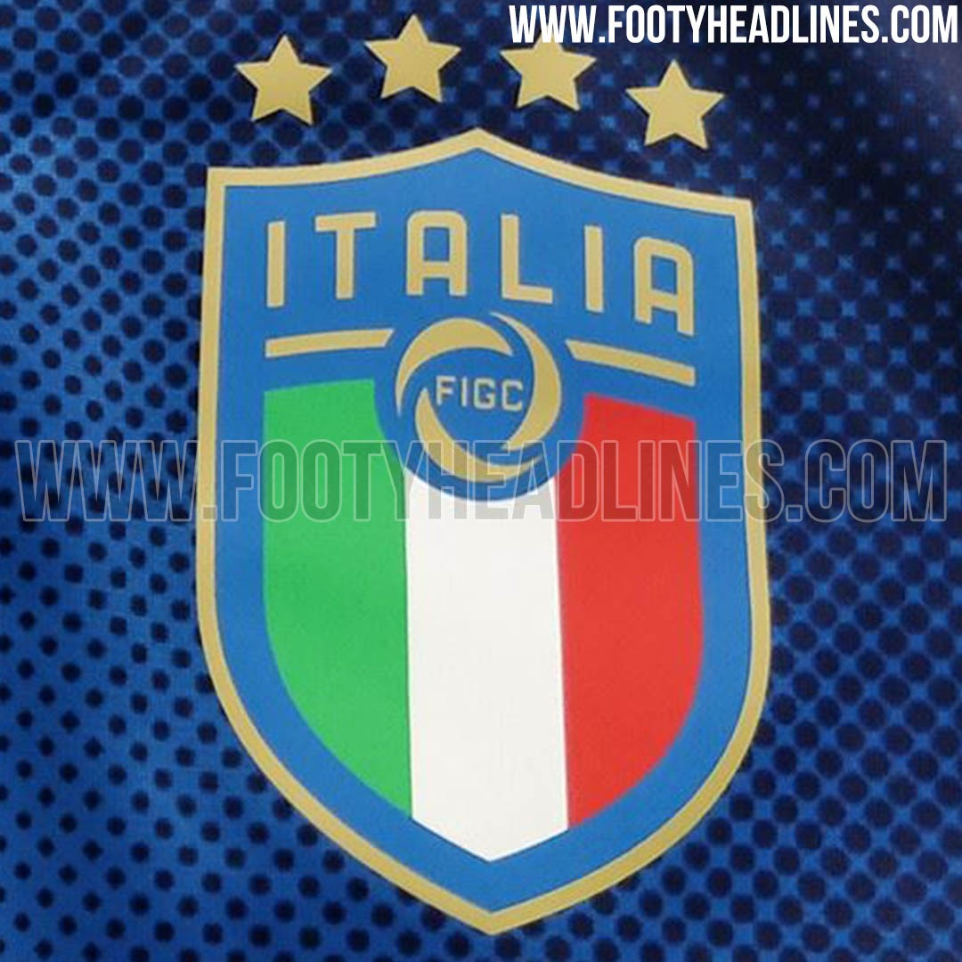italy-2018-world-cup-crest (2).jpg