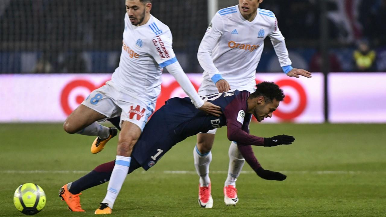 Neymar PSG Marseille foul