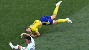 Viktor Claesson Sweden Kim Min-woo South Korea World Cup 2018