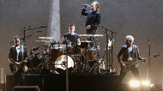 Image result for U2 เลื่อนเวลาคอนเสิร์ตหลีกฟ้าขาวคัดบอลโลก