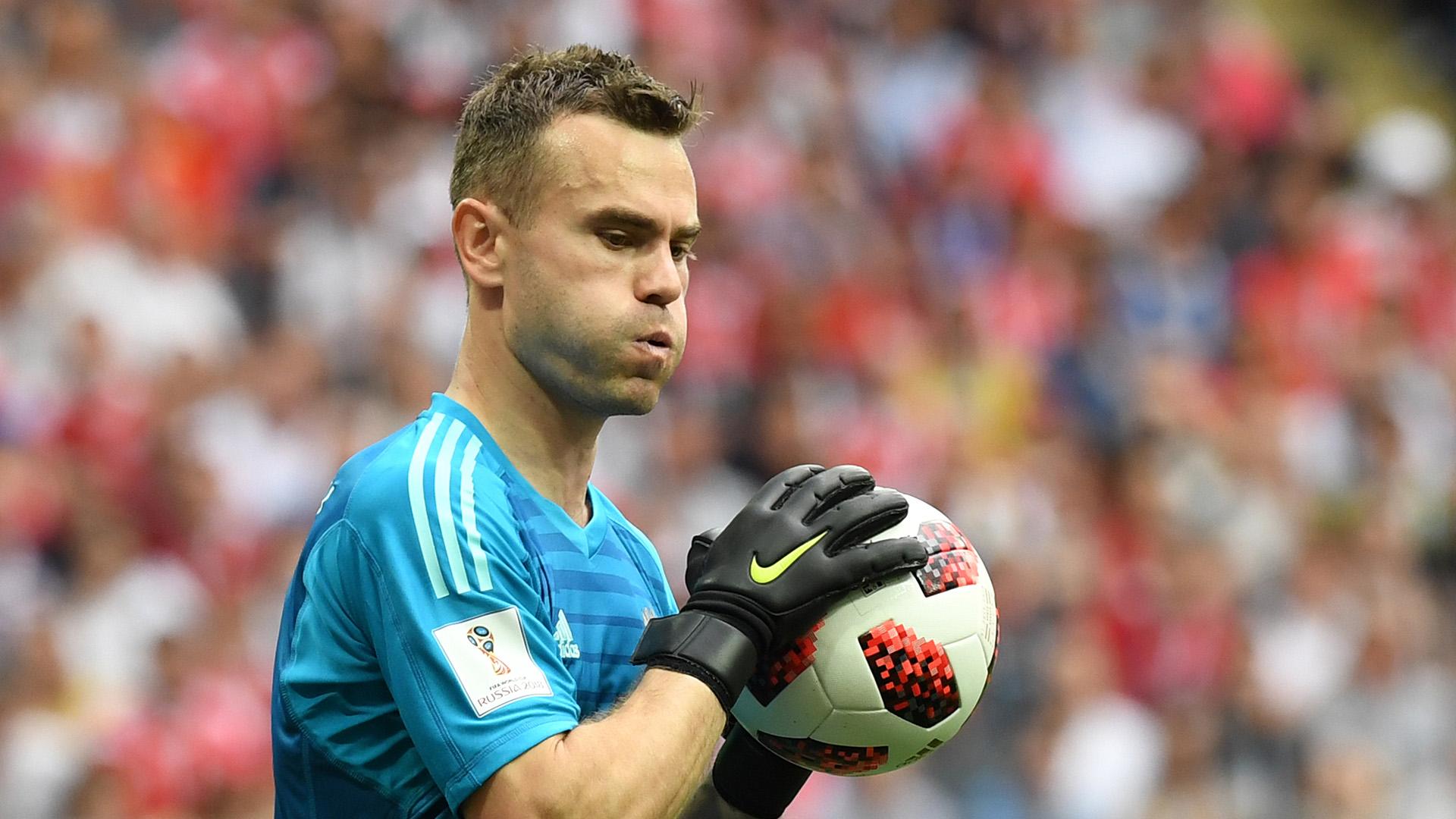 Igor Akinfeev Russia Spain World Cup 2018 010718