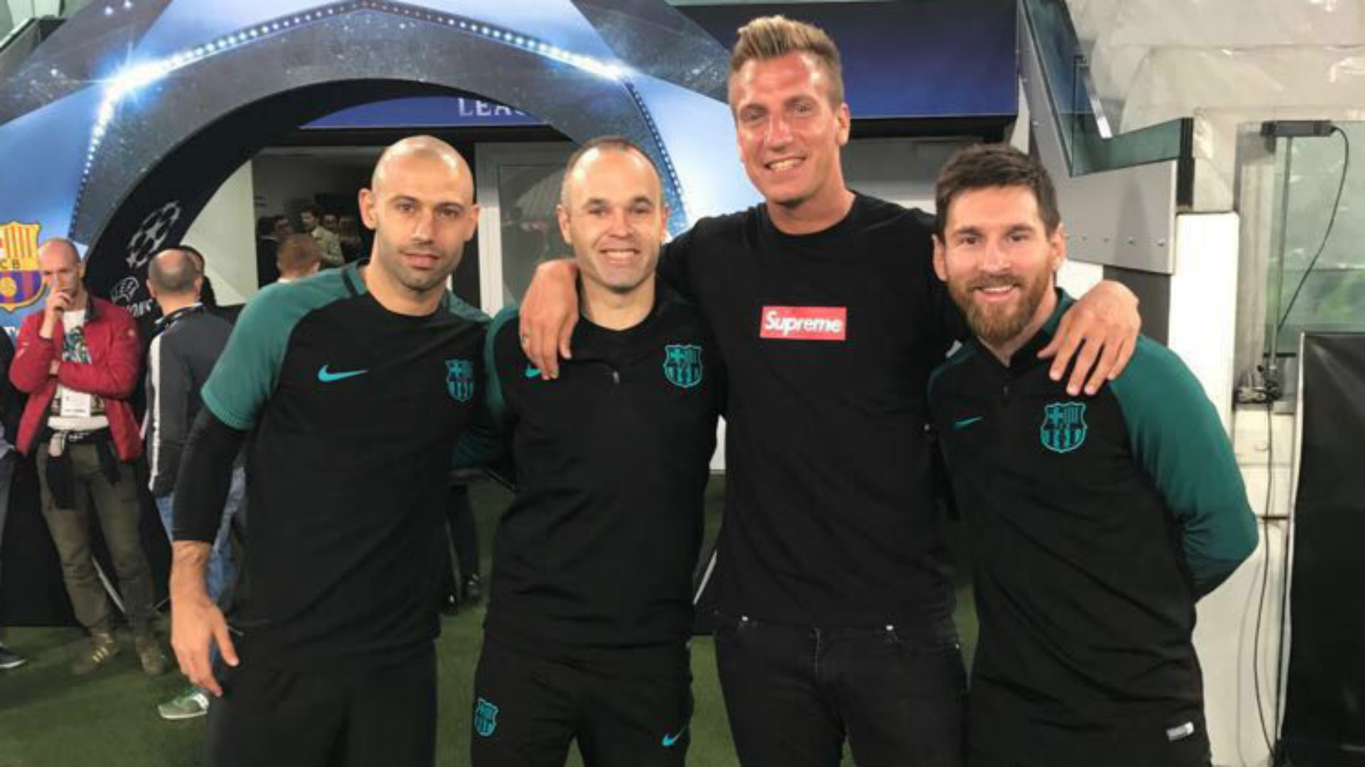 Mascherano Iniesta Messi Maxi Lopez 10042017