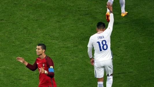 Gonzalo Jara Cristiano Ronaldo Chile Portugal 280617