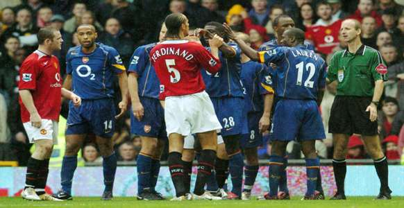 arsenal manchester united  October 2004