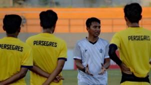 Pudji Handoko - Pelatih Persegres Gresik United