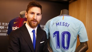 Messi Barcelona signature