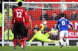 Paul Pogba Jordan Pickford Manchester United Everton Premier League 28102018