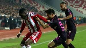 Thievy Bifouma Yuto Nagatomo Sivasspor Galatasaray 04022018