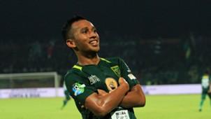 Irfan Jaya - Persebaya Surabaya