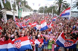 croatia - split - fans - welcome party - 17072018