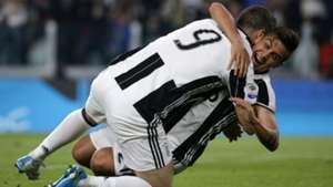 Gonzalo Higuain Paulo Dybala Juventus Chievo Serie A