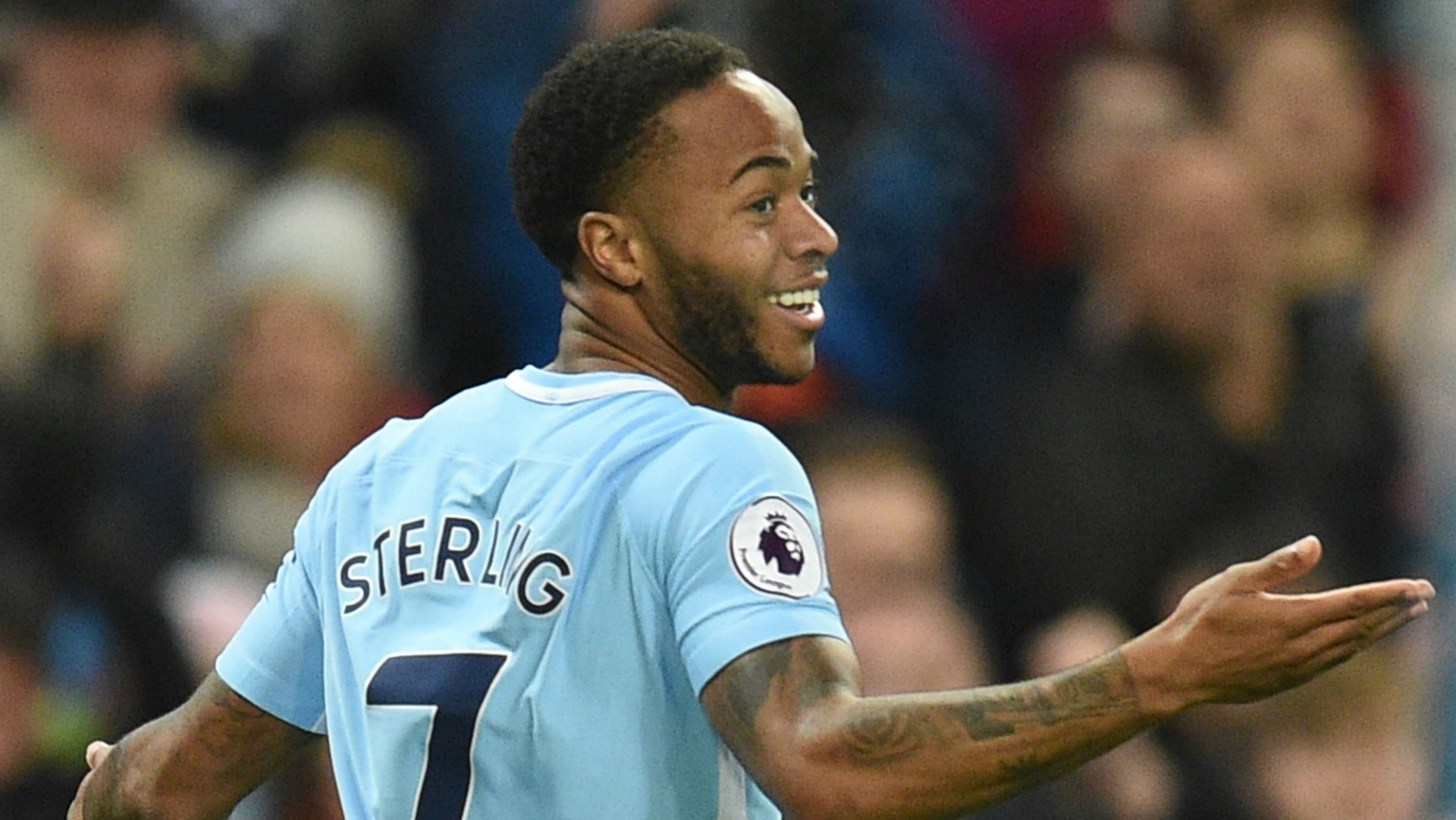 https://images.performgroup.com/di/library/GOAL/44/2f/raheem-sterling-manchester-city_1w7fh15niv0ro1q0wg4cwpjvs5.jpg?t=-2080385200&quality=90&w=0&h=1260