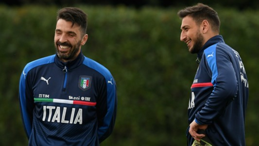 Italy training Buffon Donnarumma