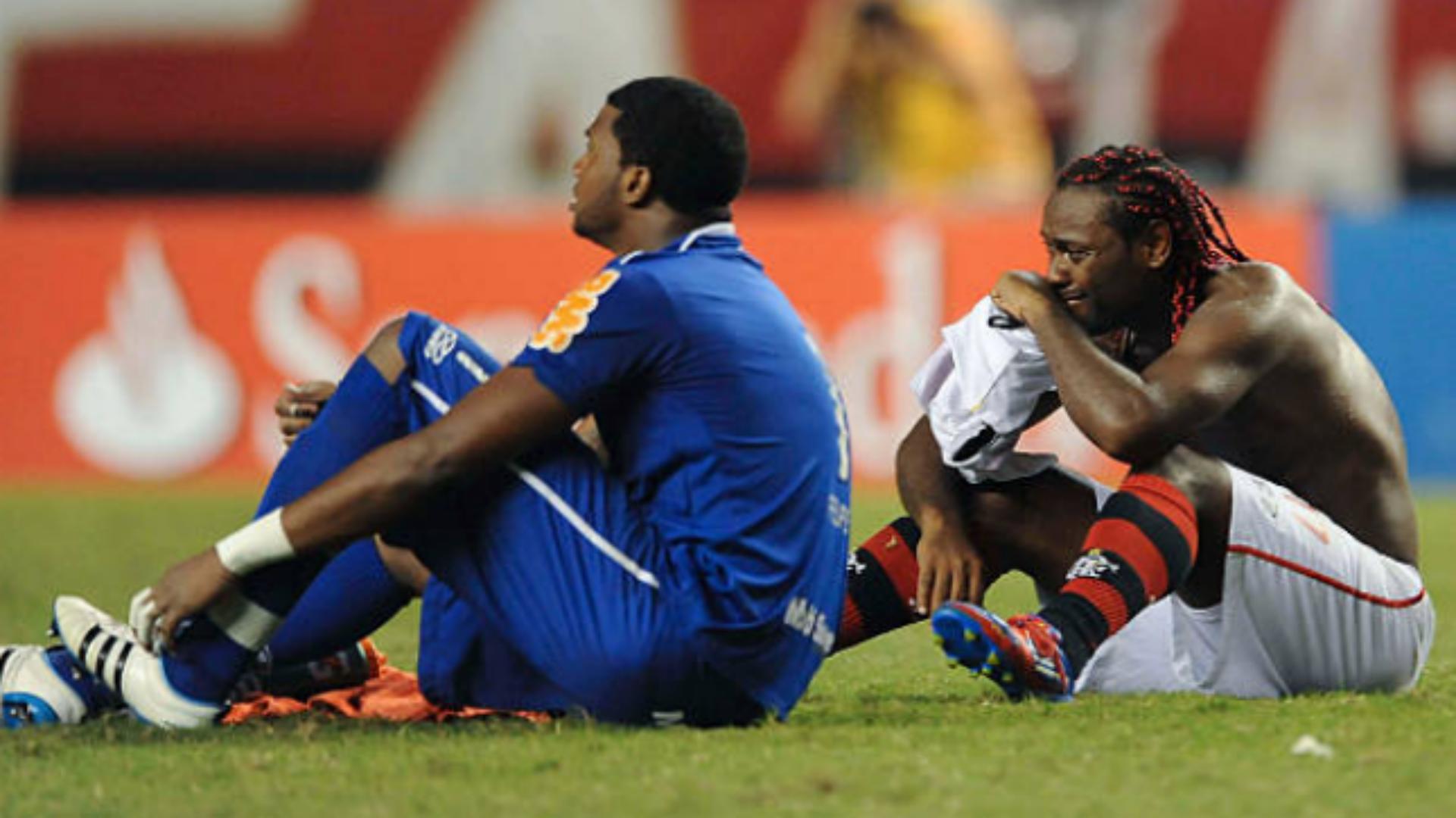 Felipe Vagner Love Flamengo Lanus Libertadores 2012