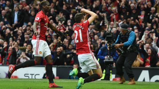 Ander Herrera Manchester United Premier League