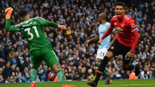 Smalling ederson city united 07042018