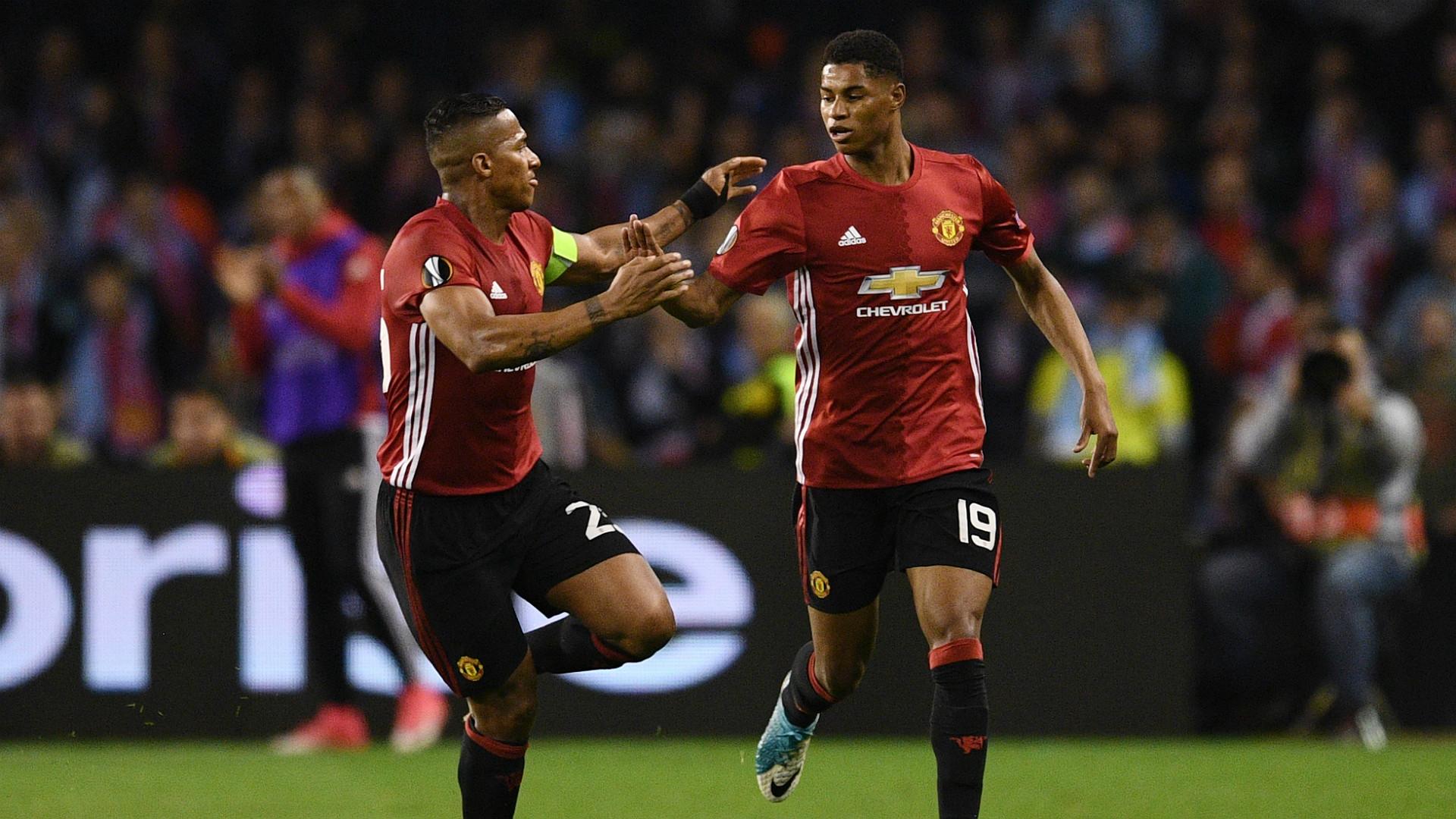 Marcus Rashford Antonio Valencia Celta Manchester United Europa League
