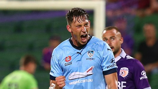 Filip Holosko Perth Glory v Sydney FC A-League 17122016