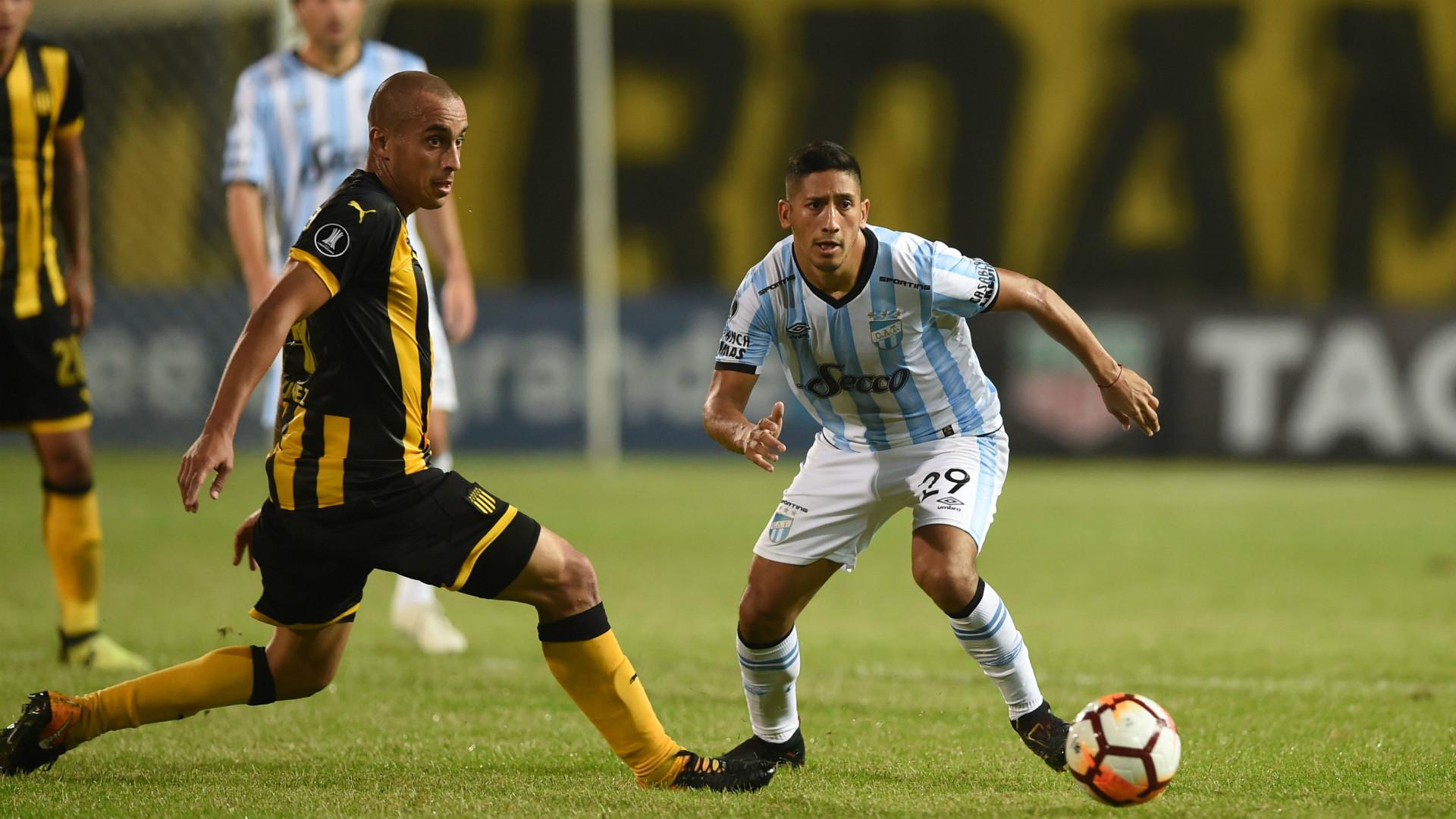 Rodrigo Aliendro Guillermo Varela Peñarol Atletico Tucuman Copa Libertadores 2018
