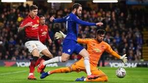 Gonzalo Higuain, Victor Lindelof, Sergio Romero, Chelsea vs Man Utd