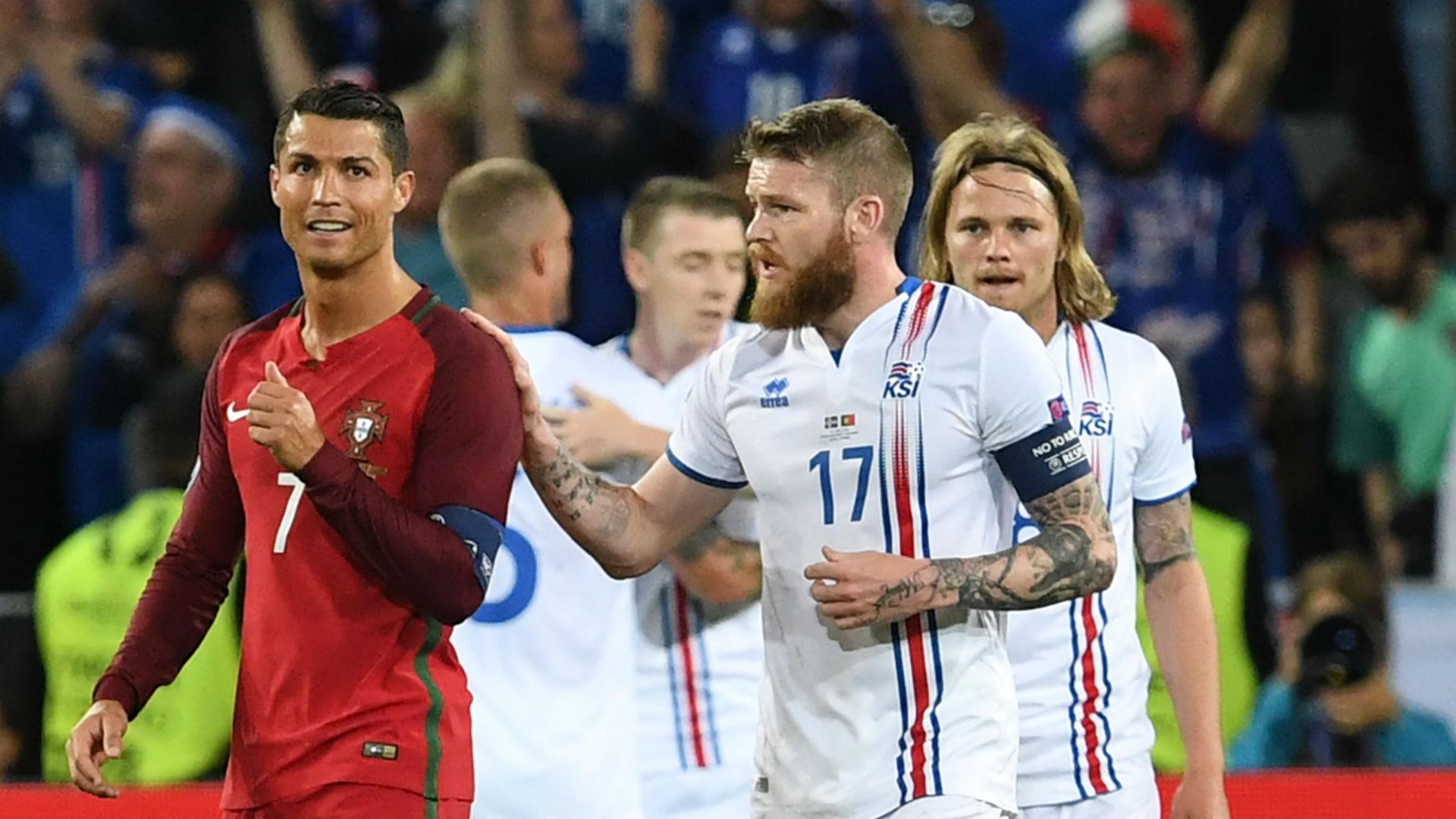 Cristiano Ronaldo vs Iceland