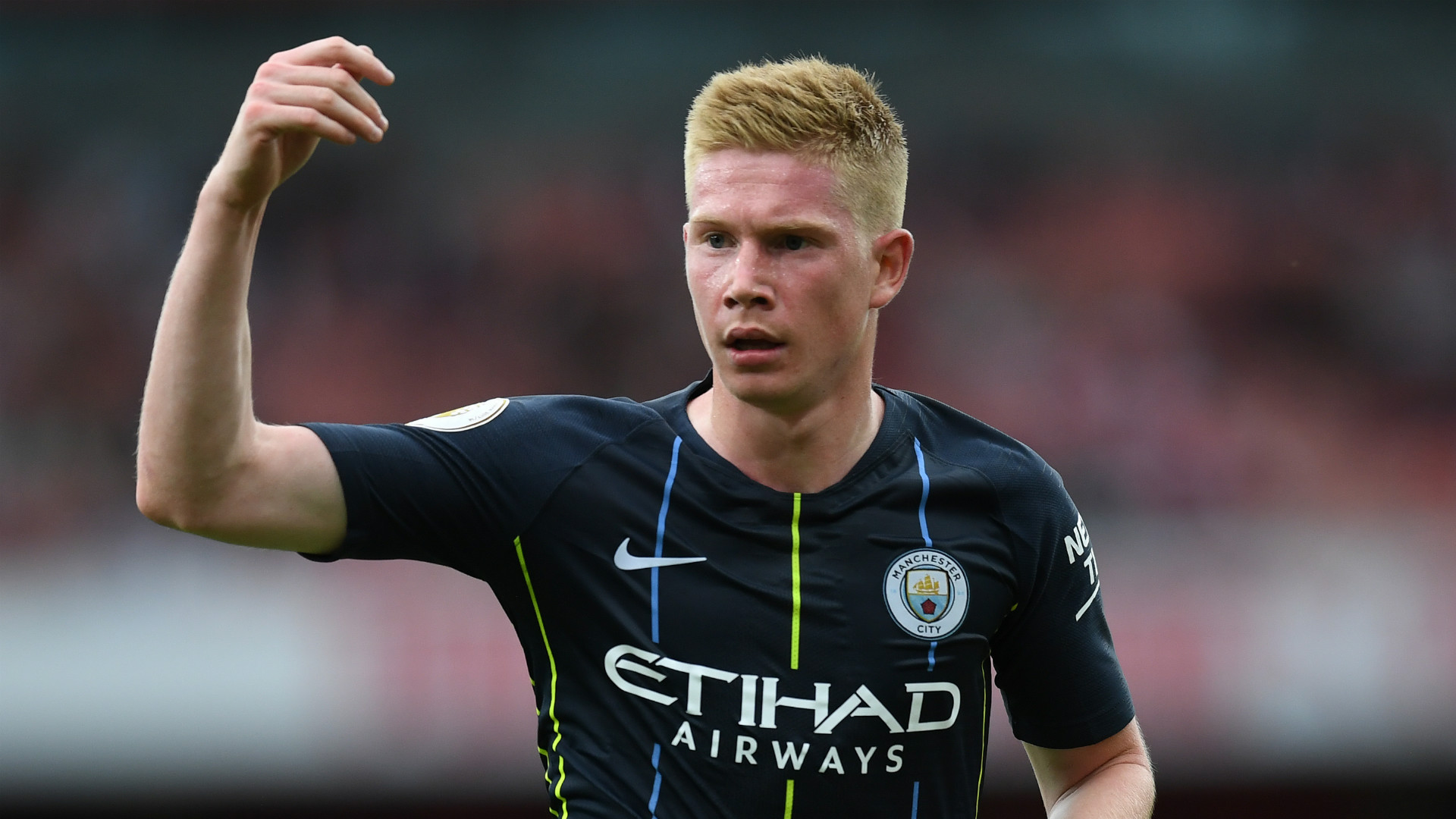 Man City MF De Bruyne injured in training