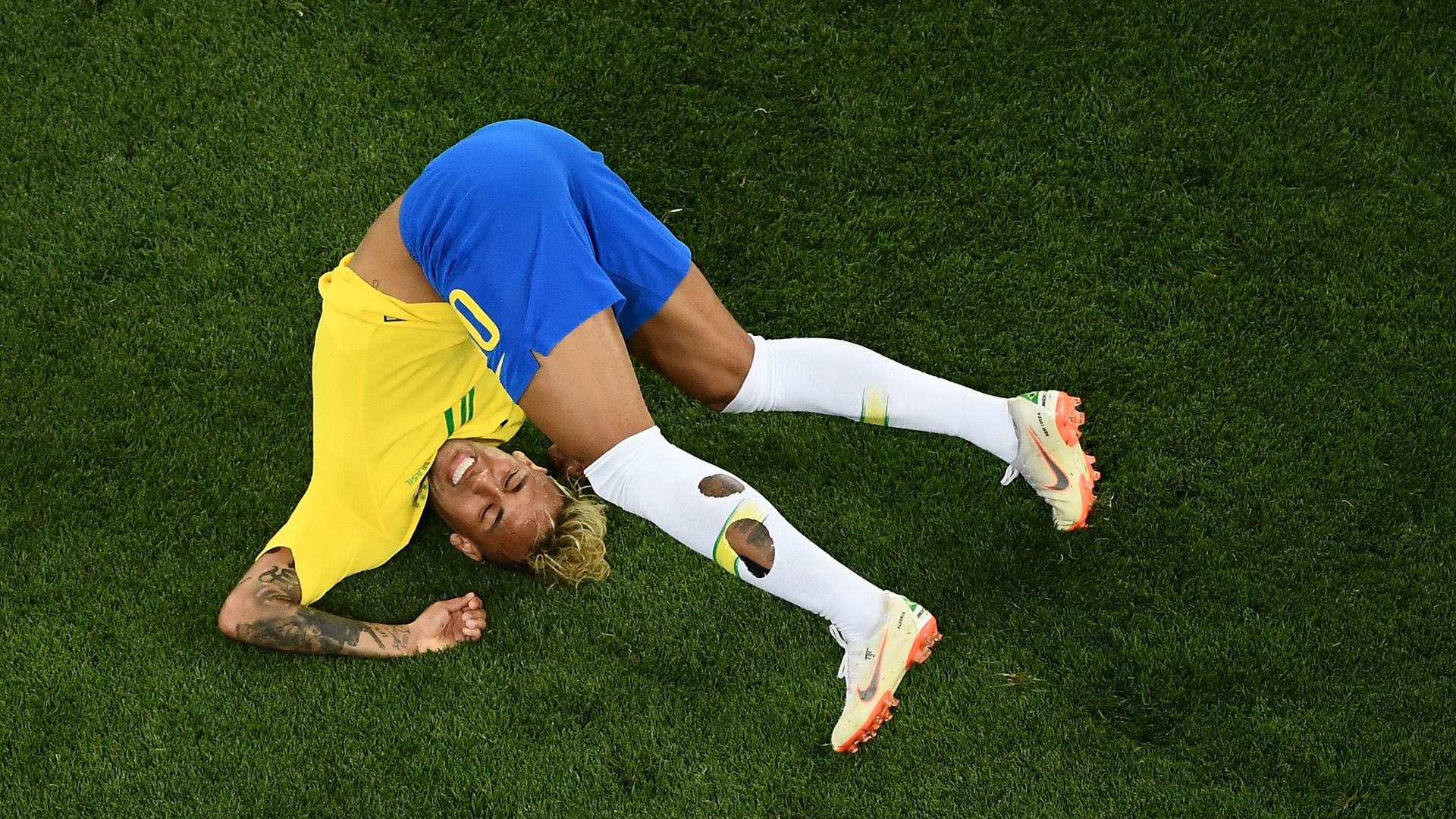 Neymar Brazil Switzerland World Cup 17062018