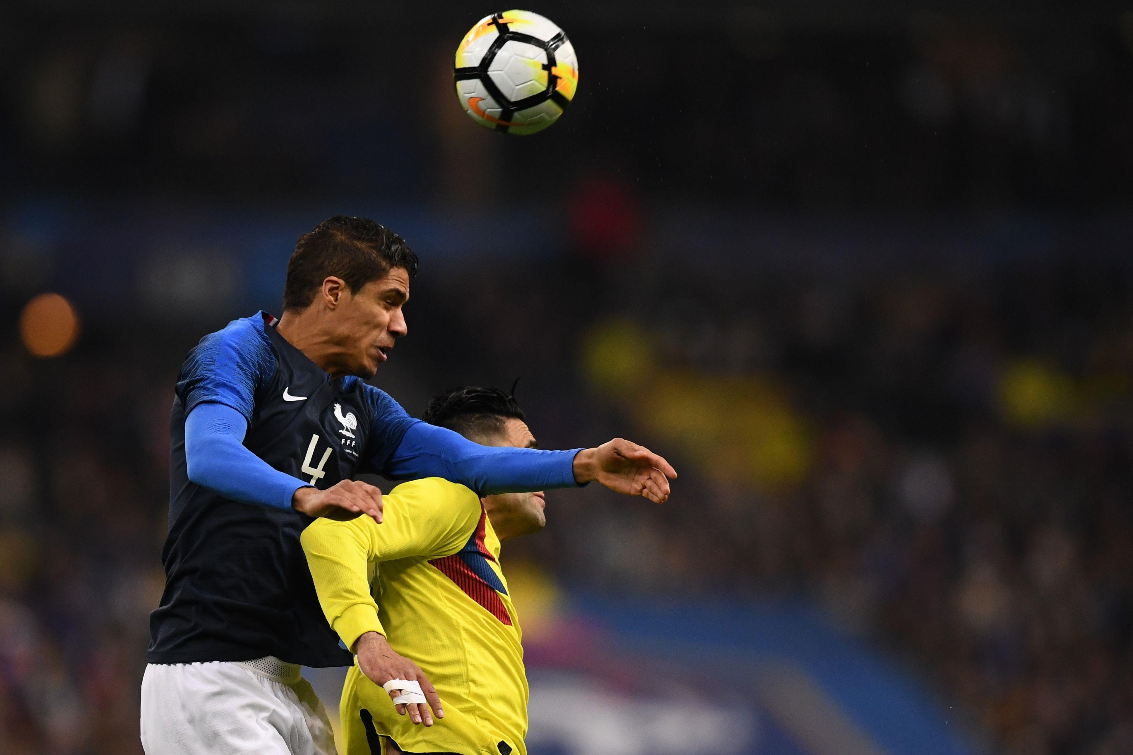 Mbappé et Pogba donnent l'avantage aux bleus — Vidéo / Russie-France