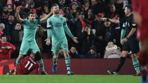 Liverpool Arsenal Sokratis Salah Mustafi 29122018