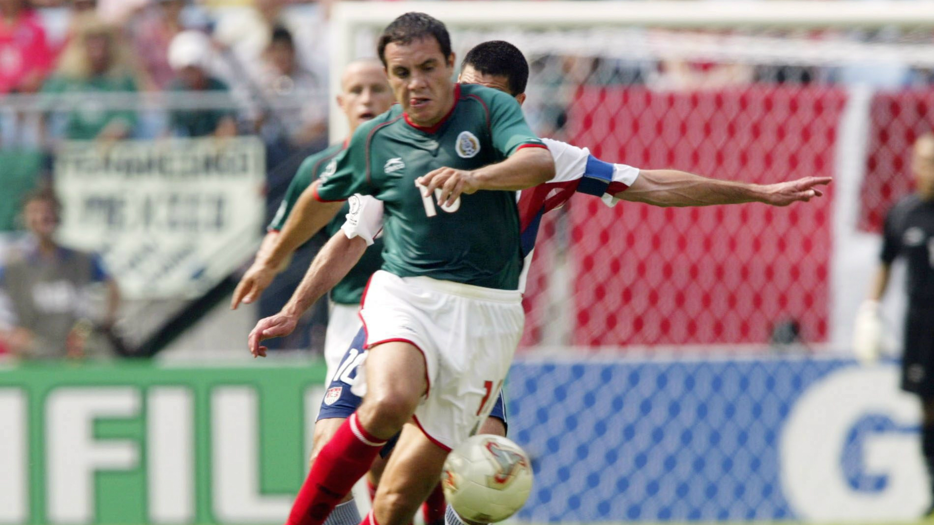 Cuauhtemoc Blanco México 2002