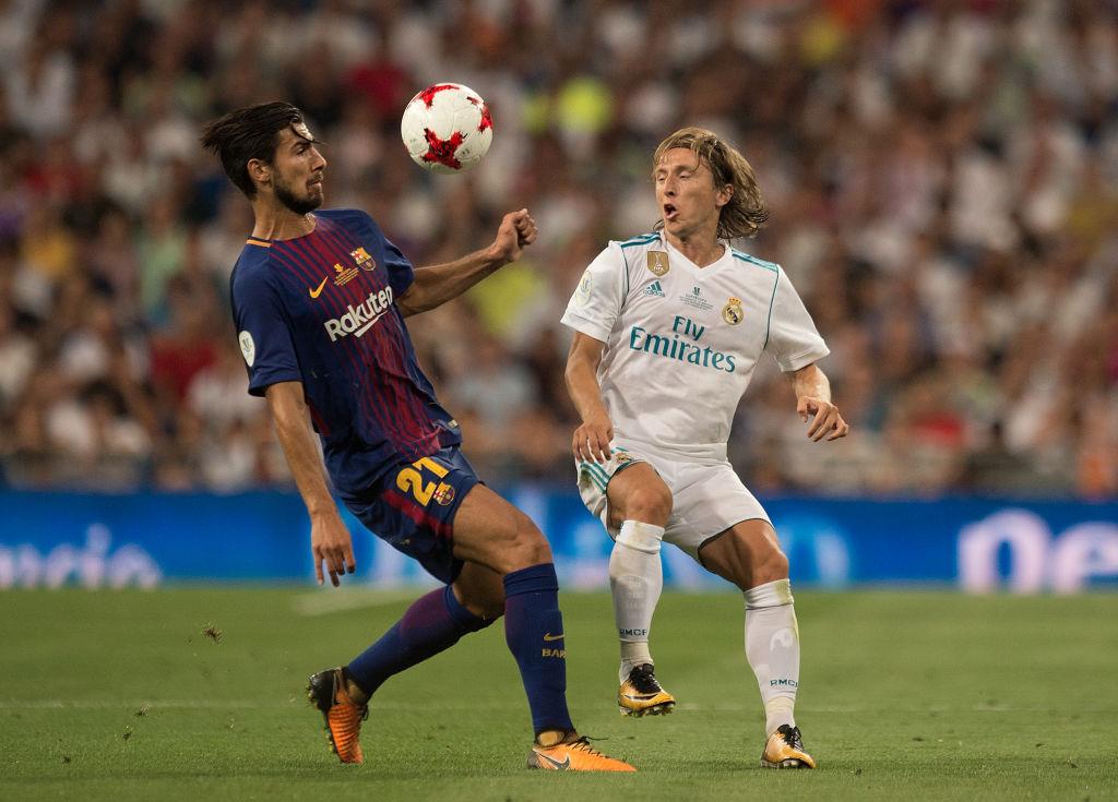 Andre Gomes Luka Modric Real Madrid Barcelona Supercopa 16082017