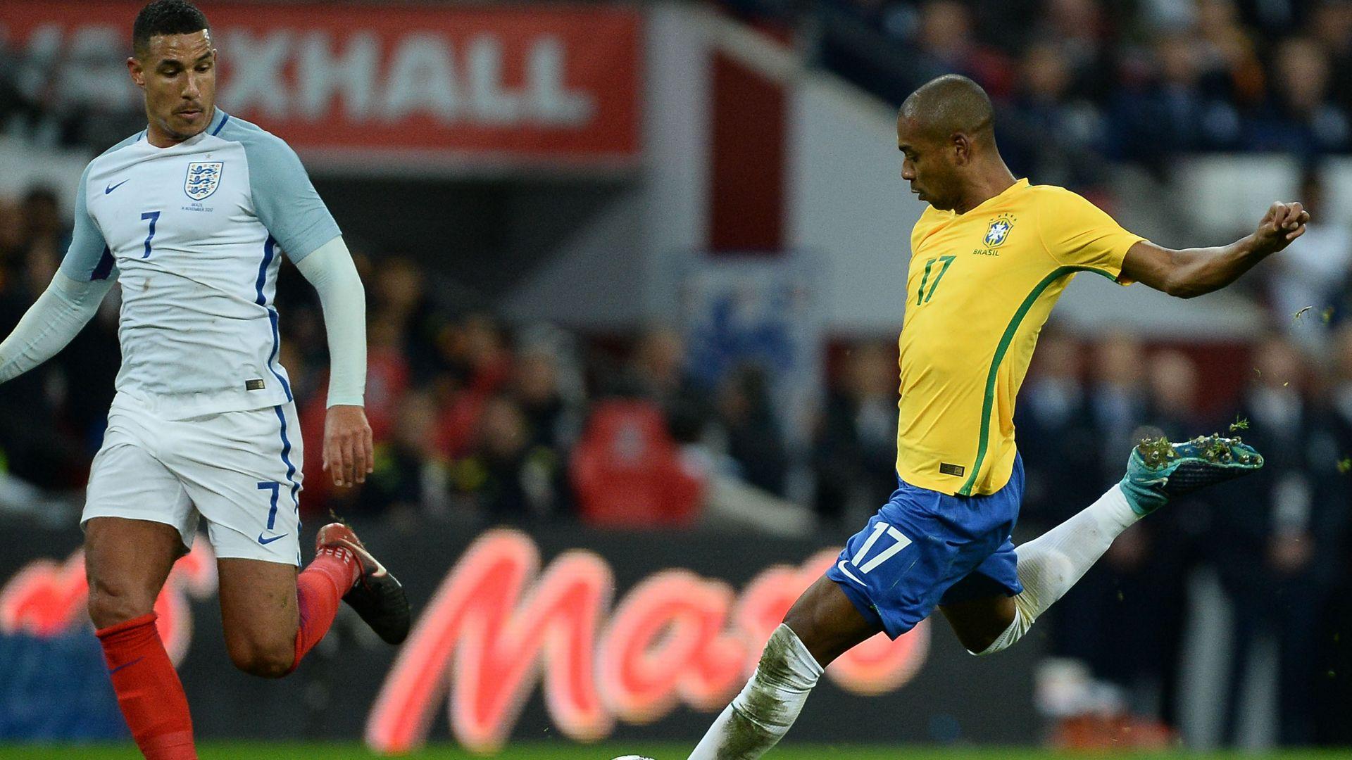 Fernandinho England Brazil Friendly 14112017