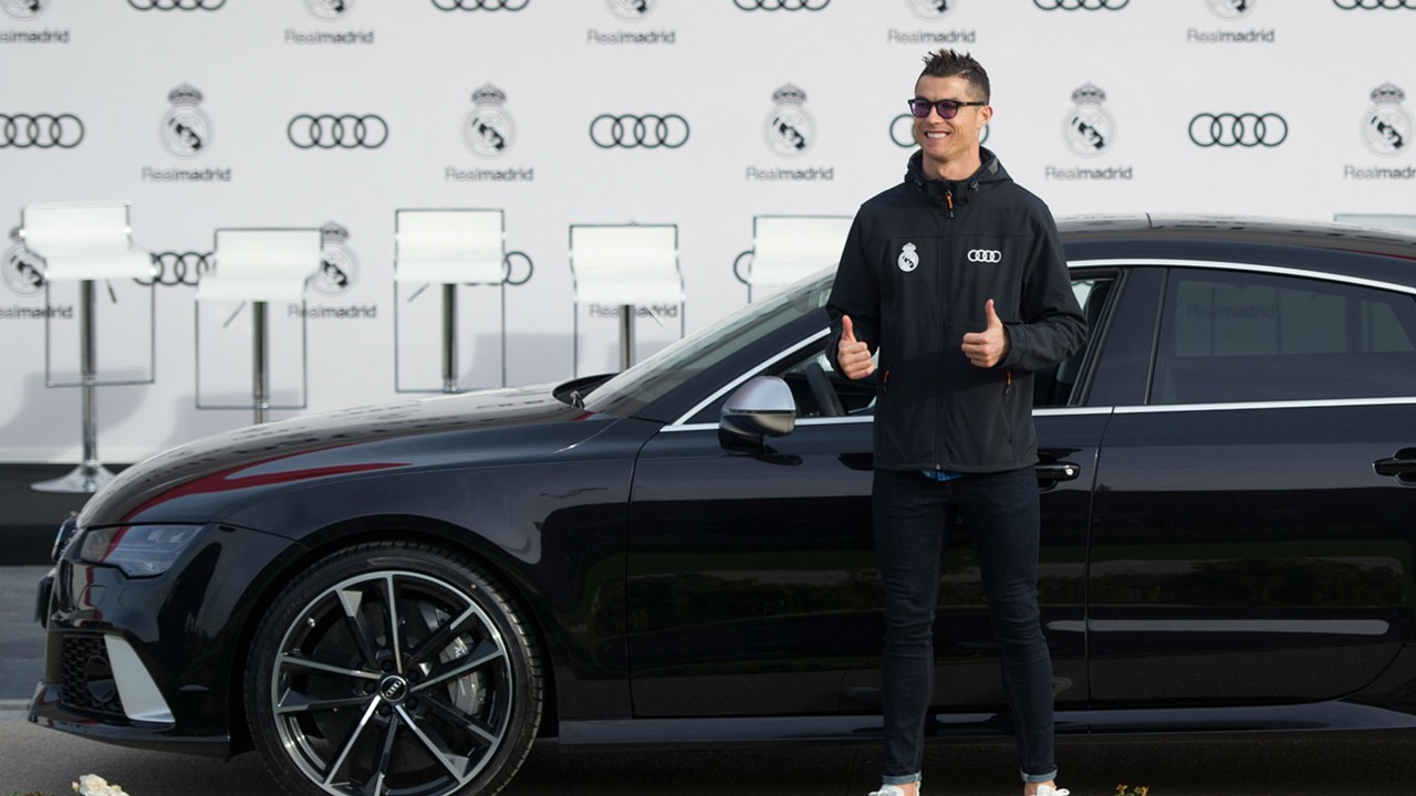 What cars does Ronaldo drive? Ferraris, Bugattis and other vehicles