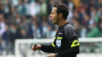 Turkish referee Halis Ozkahya