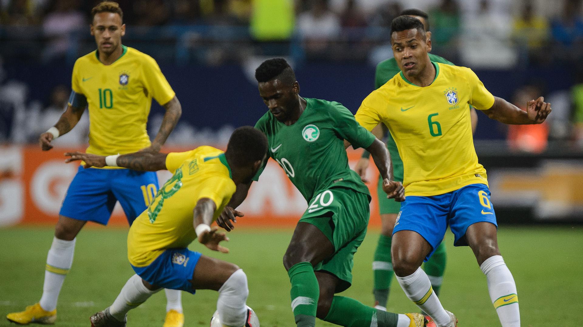 Fred Alex Sandro Al Bishi Saudi Arabia Brazil Friendly 12102018