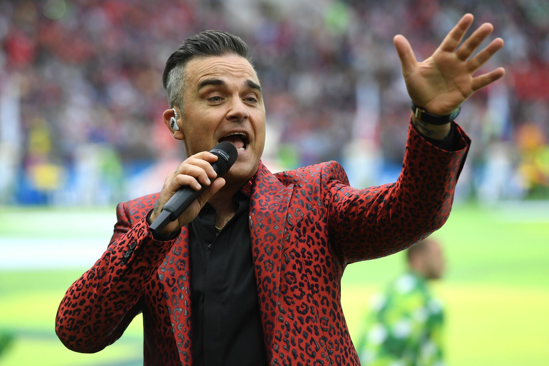 2019-07-29-Robbie-Williams