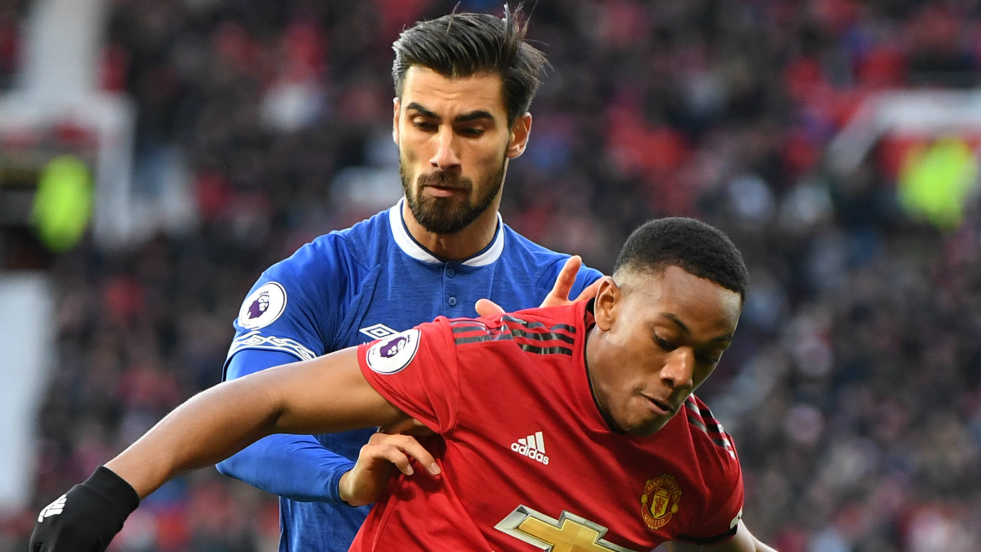 Anthony Martial Andre Gomes Manchester United Everton 2018-19