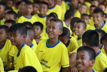 """Image result for เยาวชนอ.ภูสิงห์-กัมพูชา ตบเท้าร่วมโครงการ""""กล้าลำดวน""""ปีที่5"""