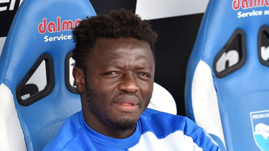 Ghana's Sulley Muntari joins Deportivo La Coruna on trial