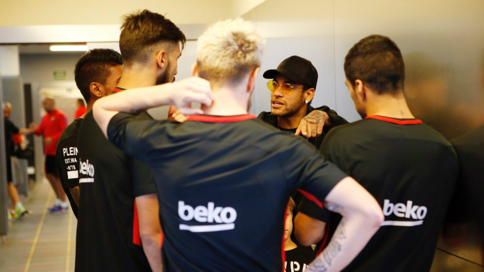 Neymar visitó al Barcelona: