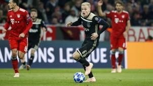Donny van de Beek Ajax Champions League 10022018