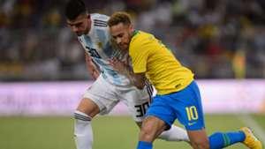 Neymar Rodrigo Battaglia Brasil Argentina Amistoso Superclássico das Américas 16102018